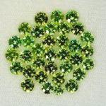 Зелёные кристаллы огранённые
