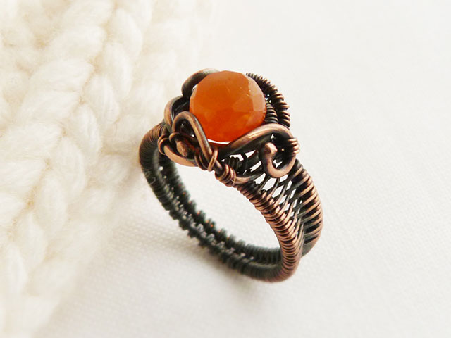 Медное кольцо с карнеолом сердоликом