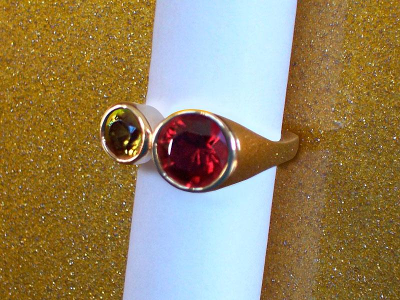 Кольцо с андрадитом и спессартином