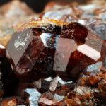 Кристалл андрадита вблизи